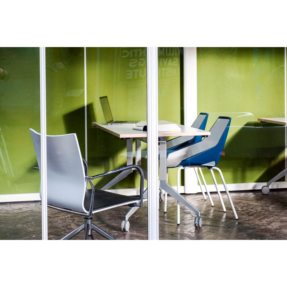 Toughed Safety Glass Used on All Glazed Office Meeting Pods